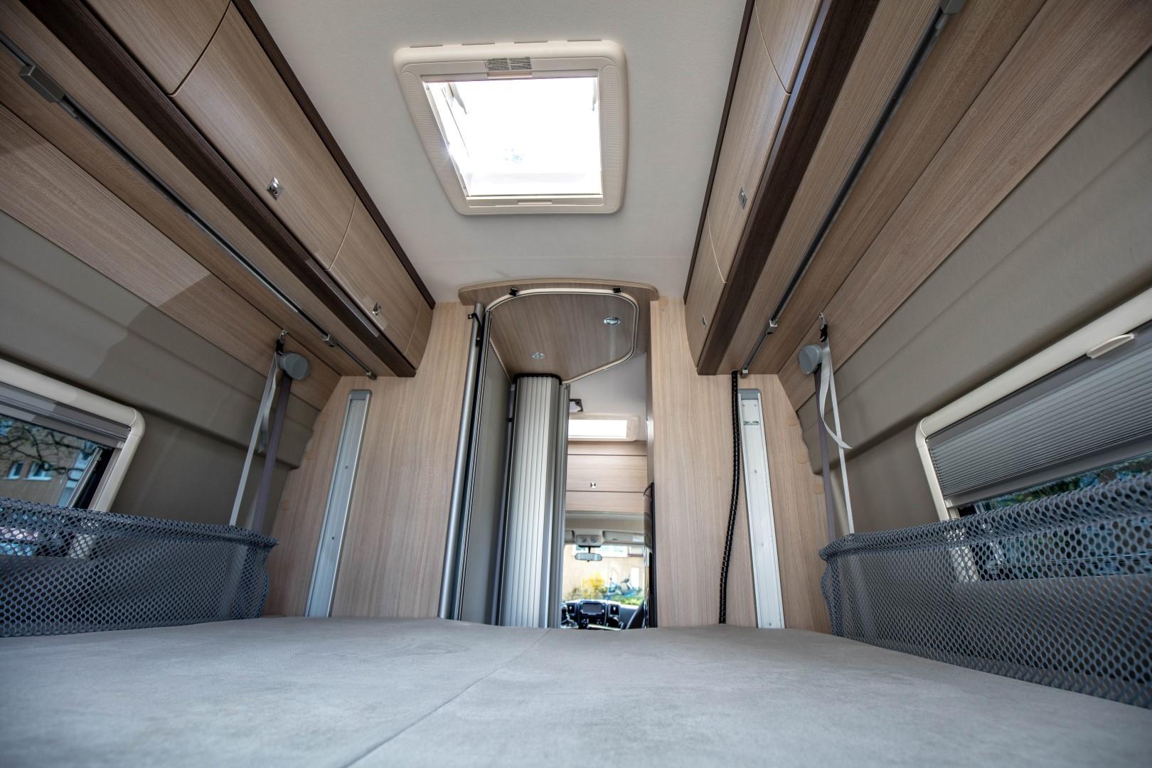 wohnmobil verleih p ssl kastenwagen termin 2017 camper. Black Bedroom Furniture Sets. Home Design Ideas